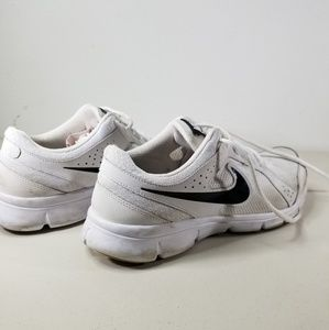 Nike Men's White Light Weight Running Shoes Sz 9.5